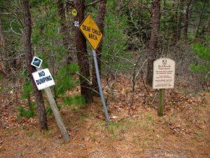 Red Brook Sanctuary - Trail Entrance